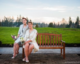 Reserve Vineyards and Golf Club Wedding Photos Portland OR